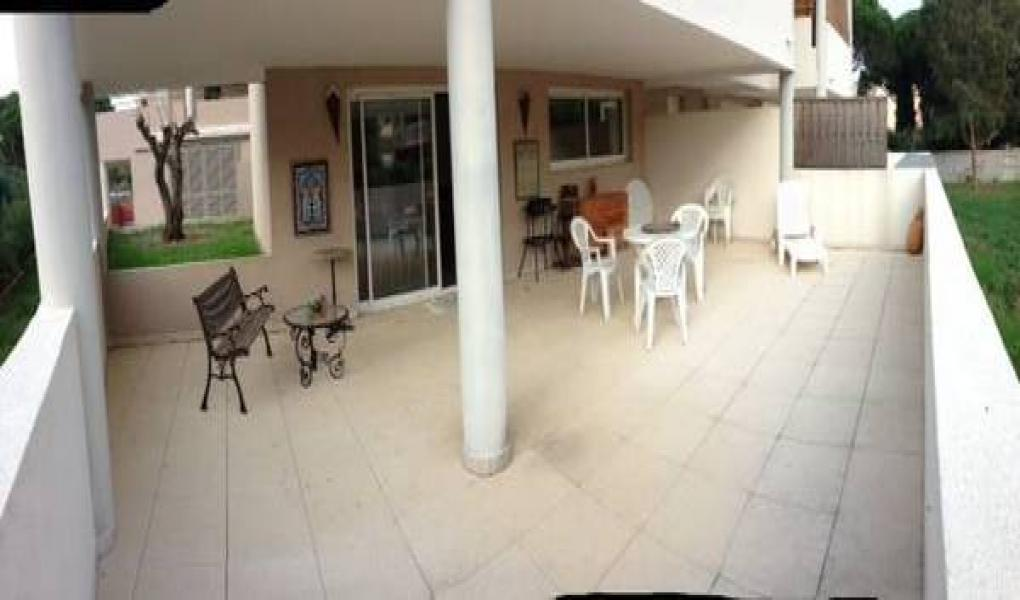 SAINTE-MAXIME APPARTMENT T3 A VENDRE