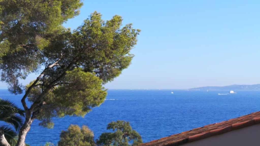 T6 1625000€ Villa Les Issambres A VENDRE