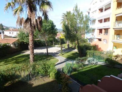 SAINTE-MAXIME T3 APARTMENT FOR SALE
