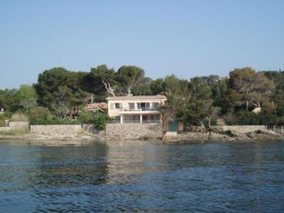 SAINTE MAXIME WATERFRONT FOR RENT