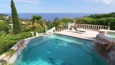 CHARMING VILLA - PANORAMIC VIEW ON THE ISSAMBRES COAST INTER AGENCE SAN PEIRE OFFERS THIS SUPERB CHA