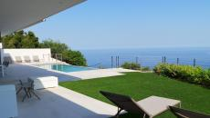 THE ISSAMBRES TO RENT. Superb new contemporary villa with infinity pool 3.5 x 8 m� and designer furniture. This villa comprising on the main floor 1 living room dining room, open kitchen of 80m � overlooking the beach pool covered terrace, 1 bedroom with a bed of 1.80 shower room wc, 2 bedrooms with bed of 1.60 and room shower in each of them. On the ground floor 1 studio with bed cabinet bed of 1.60, shower room wc, terrace in front. Car parking.