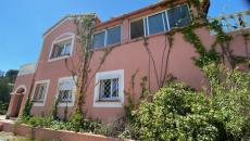 In Saint-Aygulf In a very beautiful residential environment, without any nuisance, 600 meters from t